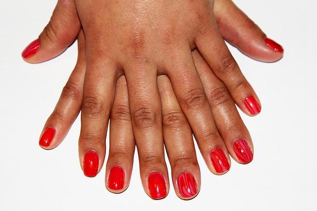 artistic nails 1206308 640