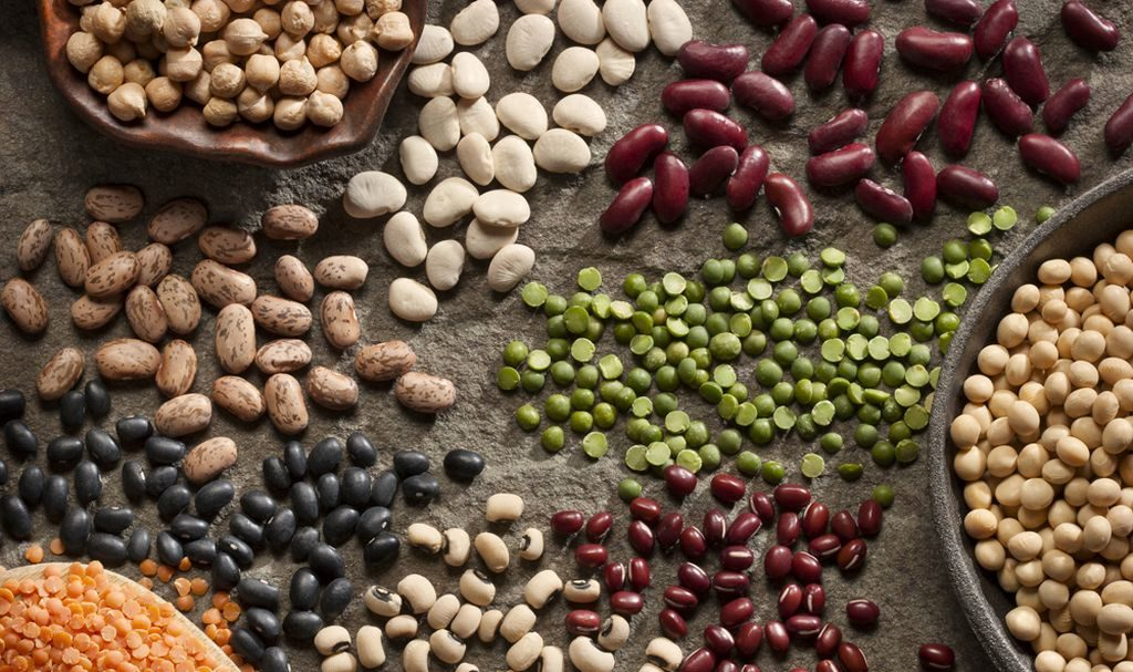 8 alimentos que contribuem para ter barriga inchada