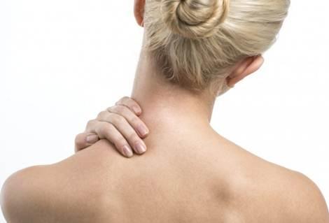 torcicolo sintomas e causas
